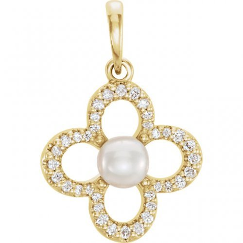 Clover White Freshwater Cultured Pearl Y