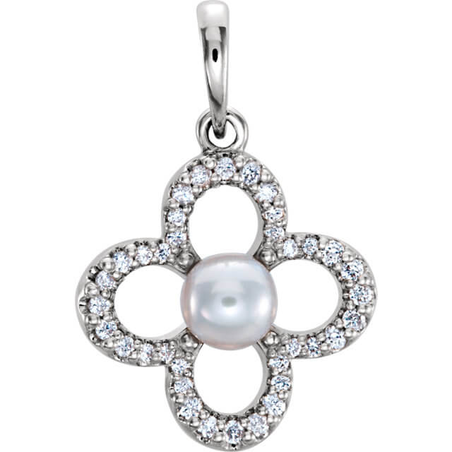 Clover White Freshwater Cultured Pearl