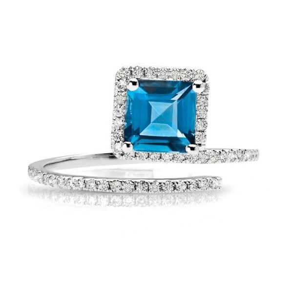 Blue Topaz Diamond Fashion Ring