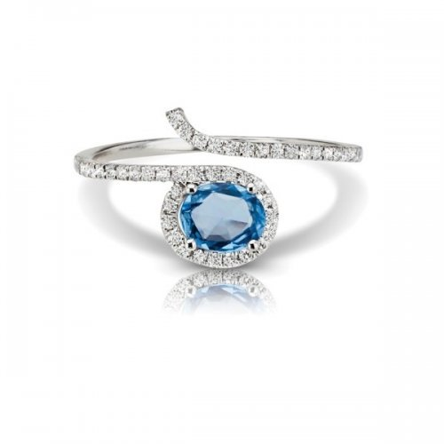 Oval Cut Sapphire Diamond Fashion Ring