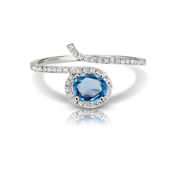 Oval Cut Sapphire Diamond Fashion Ring
