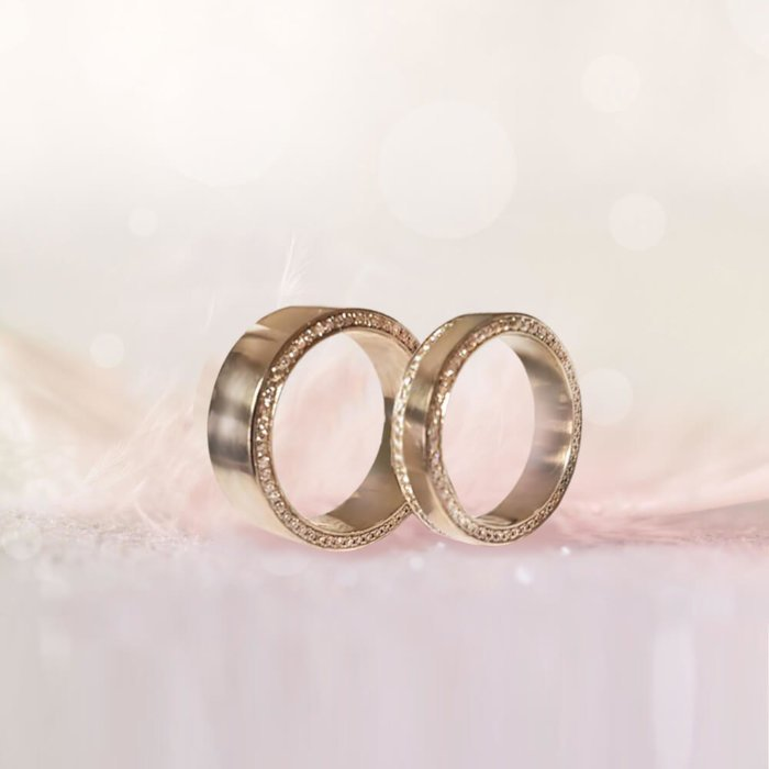 2 Weddingrings Gallery
