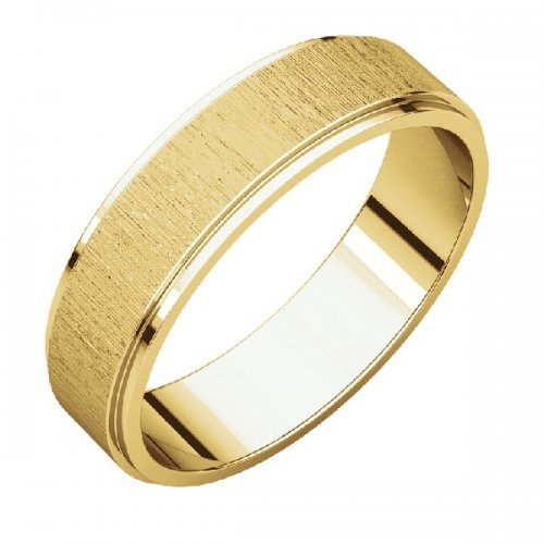 Flat Comfort Fit Men's Wedding Band in 18K Yellow Gold Stone Finish