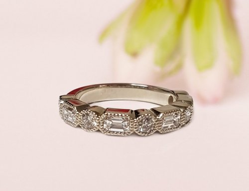 Art Deco-inspired Milgrain Diamond Wedding Ring