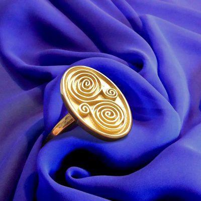 Art Inspired Signet Ring