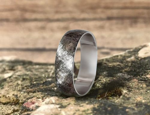 Men's Florentine Finish Platinum Wedding Band