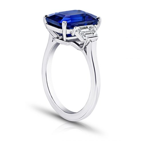 Emerald Cut Blue Sapphire With Trapezoid Diamonds2